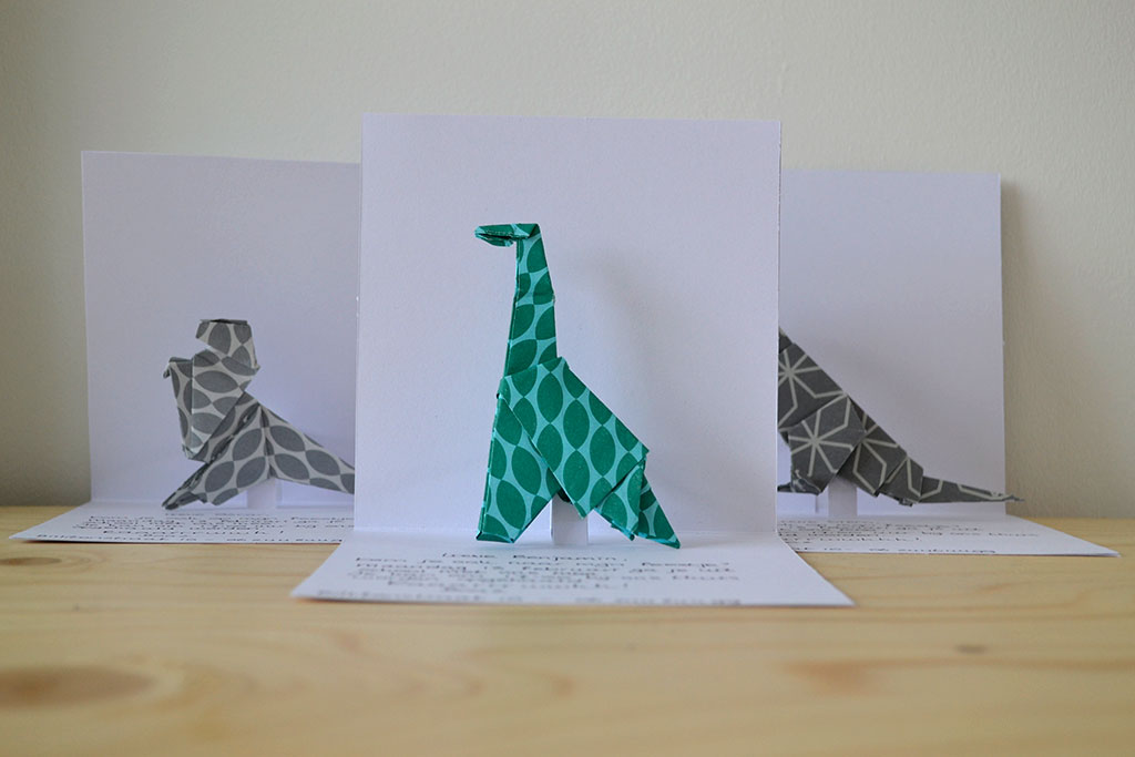 Bedwelming DIY pop up kaart (origami dinosaurus) — bij boef+mop &UX03